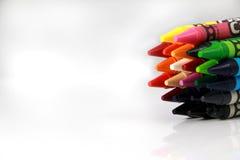 färgrika blyertspennor Fotografering för Bildbyråer