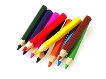 Färgrika blyertspennor som isoleras på vit bakgrund Royaltyfri Bild