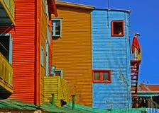 Färgrika Buenos Aires byggnader och skyltdocka arkivfoto