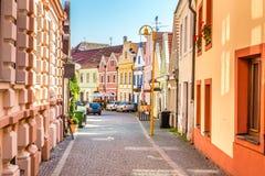 Färgrika byggnader - Trebon, Tjeckien, Europa Royaltyfria Bilder