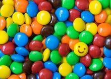 Färgrika chokladbollar Arkivfoto