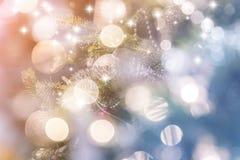 Färgrika cirklar av ljusabstrakt begreppbakgrund Royaltyfri Foto