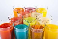 färgrika drinkar Arkivfoto