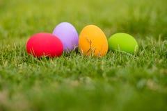 färgrika easter för bakgrund ägg ferie easter bakgrund Royaltyfria Bilder