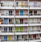 Färgrika fönster Arkivbild