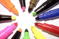 färgrika filtmarkörer Arkivfoto