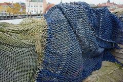 Färgrika fisknät - havbackround Royaltyfri Bild