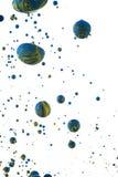 Färgrika flytande som blandar under vatten Royaltyfri Bild