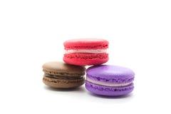 färgrika franska macaroons royaltyfri foto