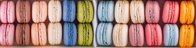 Färgrika franska makronbakgrunder, lekmanna- lägenhet Ferier och berömbegrepp arkivfoto