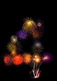 färgrika fyrverkerier numrerar 4 - den härliga färgrika fyrverkeriisolaen Arkivfoton