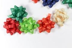 Färgrika gåvapackeband Royaltyfri Bild