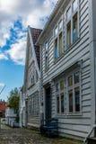 Färgrika gator i mitten av Bergen i Norge - 11 Arkivbilder