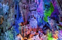 Färgrika grottor av Guilin Royaltyfri Foto