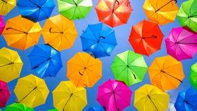 Färgrika hängande paraplyer Royaltyfria Foton