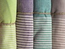 Färgrika handdukar Arkivbild