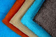 Färgrika handdukar Fotografering för Bildbyråer