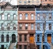 Färgrika historiska byggnader i Manhattan New York City Royaltyfri Fotografi