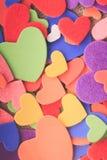 Färgrika hjärtor Arkivbilder