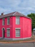 Färgrika hus i Aberaeron, Wales Royaltyfri Fotografi