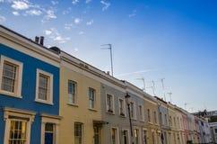 Färgrika hus i ett antal härlig solig dag Fotografering för Bildbyråer
