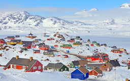 Färgrika hus i Grönland Royaltyfri Fotografi