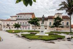 Färgrika hus i Sao Luis gör Paraitinga Arkivbilder