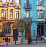 färgrika hus istanbul Royaltyfria Foton