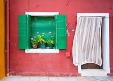 färgrika hus italy venice för burano Royaltyfri Fotografi