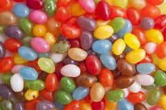 färgrika jellybeans Arkivfoton