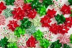 Färgrika julBows Arkivbilder