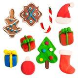 Färgrika juldiagram som göras av plasticine Arkivfoto