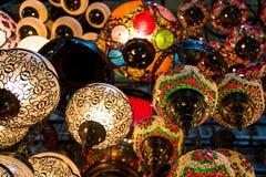 Färgrika lampor i Istanbul Royaltyfri Fotografi
