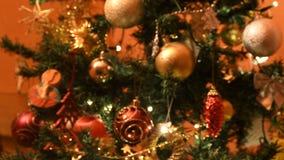 Färgrika ljus för jullynnet stock video