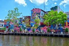 Färgrika målningar på byggnader i Malacca, Malaysia arkivfoton