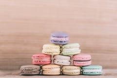 färgrika macarons Royaltyfria Bilder