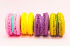 färgrika macarons Royaltyfri Foto