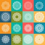 16 färgrika Mandala Set Rund modell i form av mandalaen vektor illustrationer