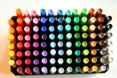 färgrika markörer Arkivbild