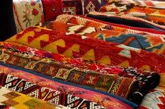 Färgrika mattor Arkivbild