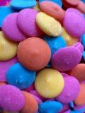 Färgrika Melts för chokladgodis Royaltyfri Foto