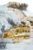 Färgrika mineraliska insättningar Arkivfoton