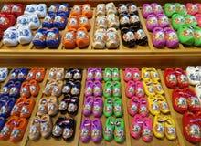 Färgrika Mini Dutch Clogs, Holland Arkivbilder
