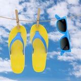 Färgrika moderna Flip Flops med blå solglasögon som hänger på klädstreck framförande 3d stock illustrationer