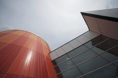 färgrika moderna skyskrapor Arkivfoton
