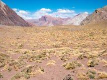 Färgrika Montain nära Aconcaguaen Royaltyfria Foton