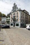 Färgrika och dekorerade byggnader i Einsiedeln Royaltyfria Bilder