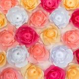 Färgrika pappers- blommor bakgrund och textur Arkivfoto