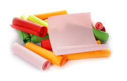 Färgrika pappers- stycken för lotteri arkivfoto
