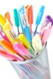 färgrika pennor Arkivfoto